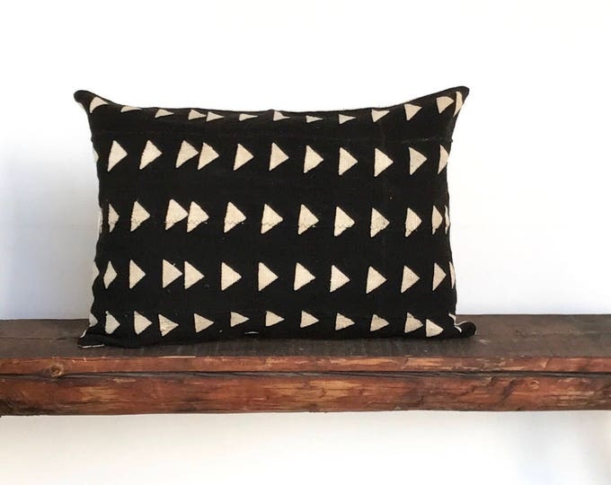 African black cream mudcloth lumbar boho pillow cover