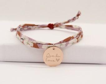 Bracelet liberty personnalisé, bracelet liberty gravé, bracelet Liberty Mitsi Glycine mauve brun avec médaille, idée cadeau personnalisé