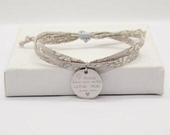 Bracelet liberty, Bracelet personnalisé, bracelet liberty gravé, bracelet Liberty personnalisé cordon tissu Capel gris & médaille gravé