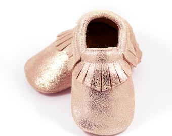 Rose gold baby leather shoes, baby mocs, gold moccasins for baby girls, crib shoes, slippers, baby shower gift,