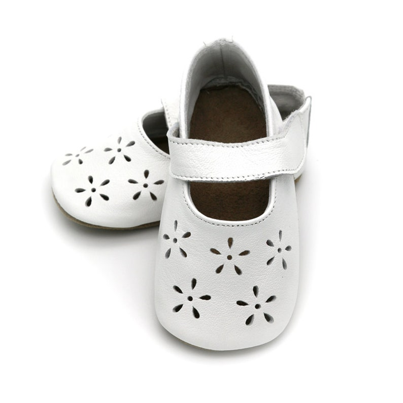 06a94eb98d1ec Precious white baby shoes, leather Mary Jane, baptism shoes, christening  shoes, toddler girl shoes, shower gift, birthday gift