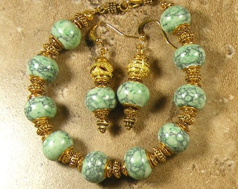 Green and gold bracelet with matching earrings, European style beads - AB317 - AE260