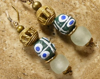 African Krobo earrings with Ethiopian brass and recycled glass from Ghana, ethnic jewelry, tribal jewelry, BOHO - AE204
