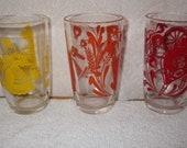 Vintage Swanky Swigs Drinking Glasses Set Of Three, Bustling Betsy, Spinning Wheeel, Used