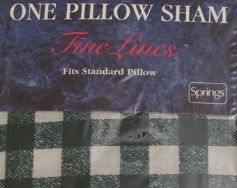 Vintage Green and White checkered standard pillow sham -new in package