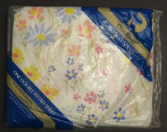 Vintage Floral Double fitted sheet -new in package