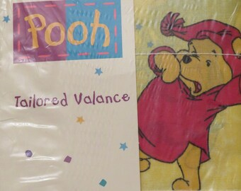 Vintage Winnie the Pooh valance -new in package