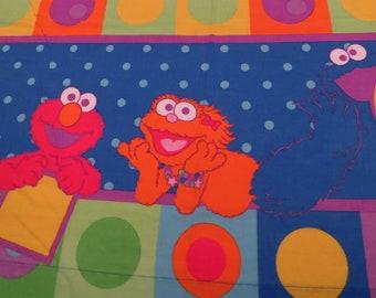 Sesame Workshop twin flat sheet