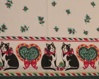 Vintage Christmas Cats and Holly Full flat and fitted sheets