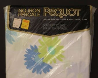Vintage Pequot Floral Double fitted sheet -New in Package