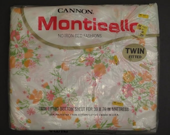 Vintage Cannon Monticello Floral Twin fitted sheet -new in package