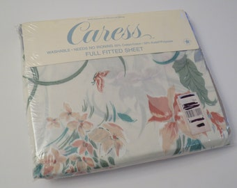 Vintage Caress by Springs Floral full sized flat and fitted sheets -new in package