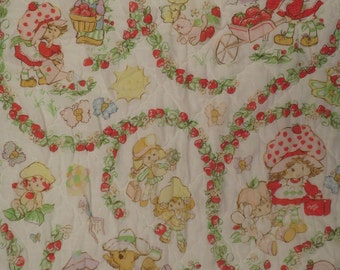 Vintage Strawberry Shortcake Twin comforter
