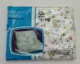 Vintage JC Penney Floral Full sized flat sheet -New in package