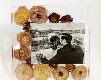 Preserved Wedding Bouquet, Custom Wedding Flower Art, Wedding Memento, Flowers in Resin, Resin Block, Wedding Flowers in Resin