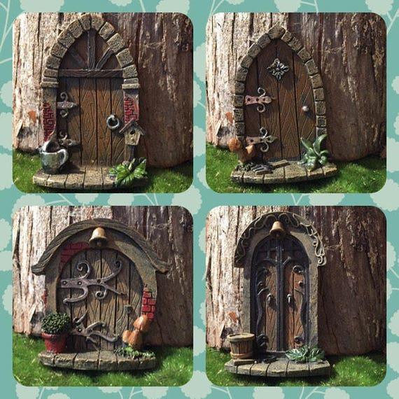 porte jardin de f e miniature miniature accessoires de. Black Bedroom Furniture Sets. Home Design Ideas