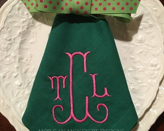 Green Buffet Napkins/ Hot Pink Shirley Monogram SET OF 4
