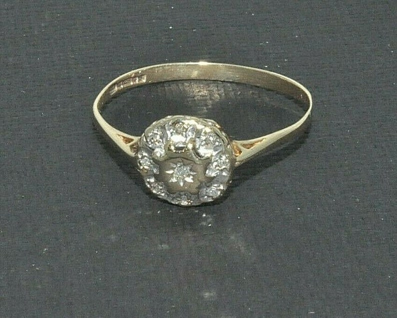 UK Hallmarked 9ct Yellow Gold Daisy Cluster Engagement Ring size M