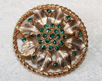 1960's Beauty - Emerald Rhinestone Pin Brooch - Exceptional Quality