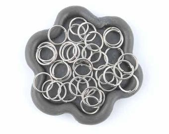 x 100 Silver jump rings 8mm (04th)