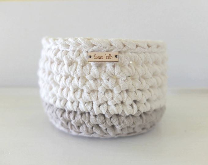 """Basket """"Rio"""" for home decoration // Handmade // Recycle Cotton Yarn // Functional"""