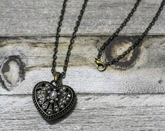 Pearled Heart **Fairytale Love