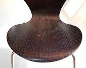 Series 7 chair designed by Arne Jacobsen for Fritz Hansen 1974