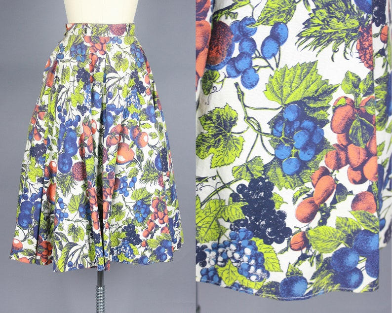 small 1950s FRUIT PRINT Skirt Vintage 50s Full High Waisted Cotton Skirt with Pockets