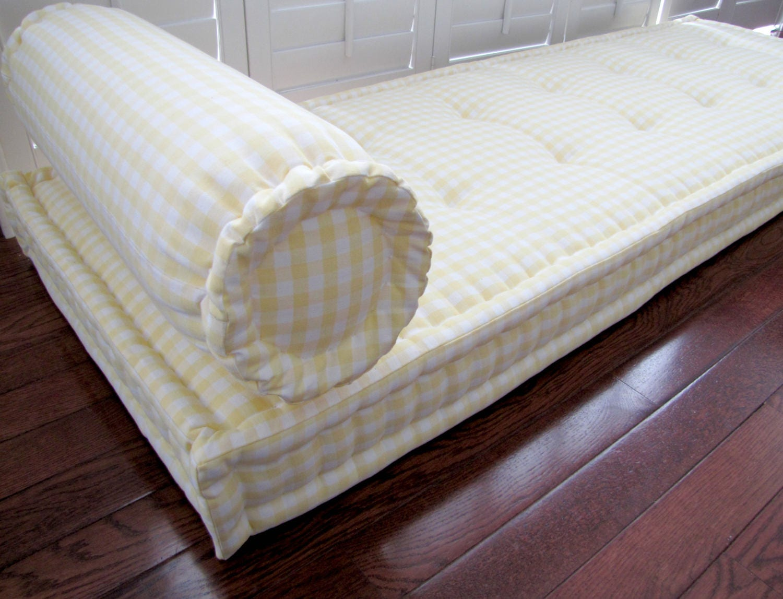 Yellow Custom Cushion French Mattress Cushion Tufted