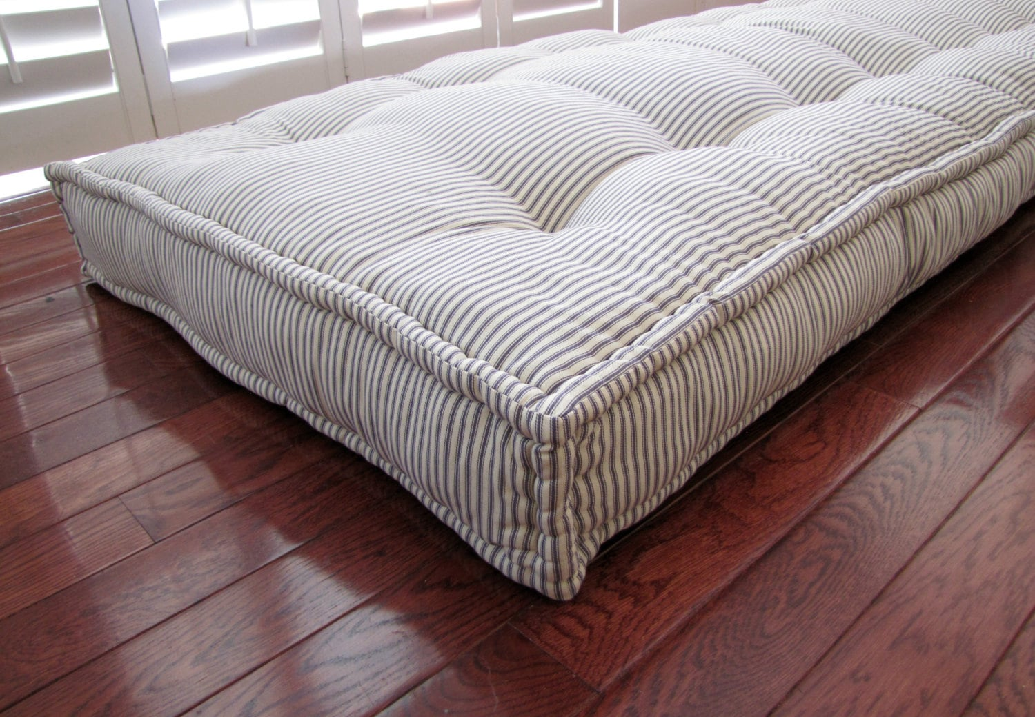 Custom Cushions Blue Ticking Stripe French Mattress Quilting Hand Tufted Daybed Mattress Window Seat Or Bench Seat Cushion Floor Pillow