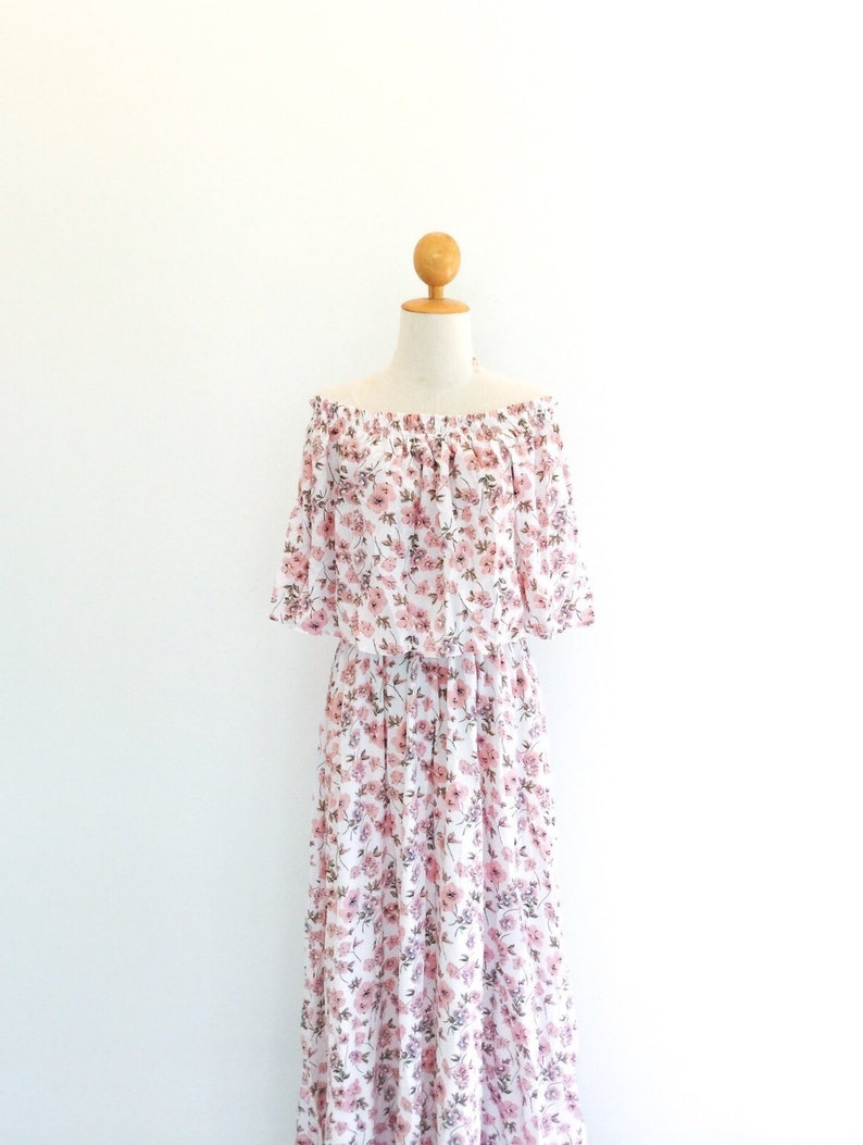 7baeba6ec4a6 White and red Floral off shoulder with ruffle dress