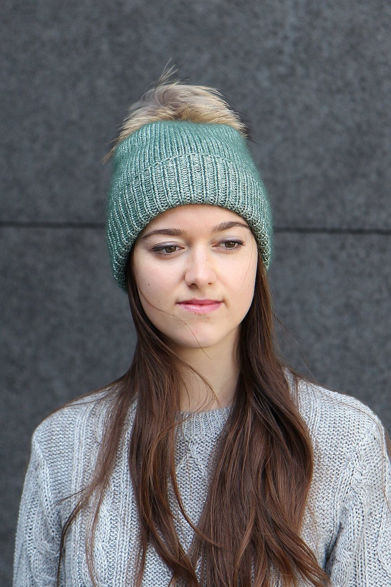 96c496c02ec High Quality Knitted Beanie With Fur Bobble Luxury Metallic