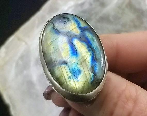 Spectrolite Labradorite Statement Ring - Size 7.75 - Sterling Silver