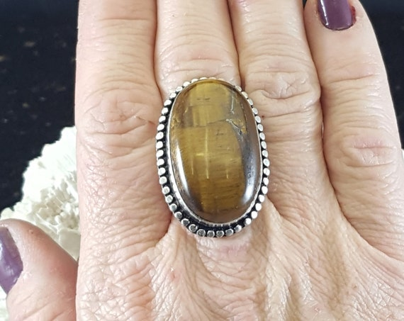 Tiger's Eye Statement Ring - Size 9 - 925 Silver