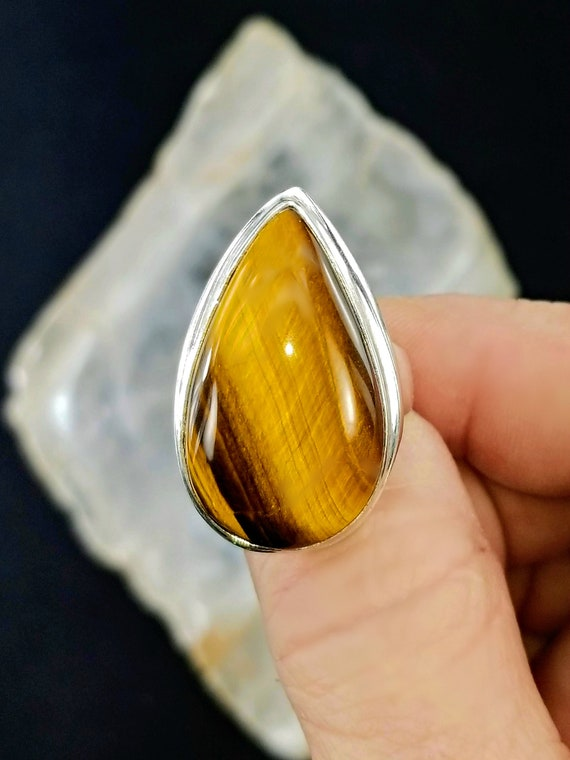Tigers Eye Statement Ring - Size 9.75 - 925 Silver