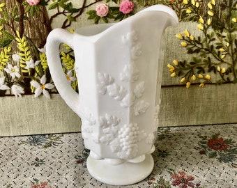 Milk Glass Pitcher Vintage Pitcher White Pitcher Water Pitcher Antique Pitcher Vase Milk Glass Vase Wedding Decor Vintage Wedding Bar Decor