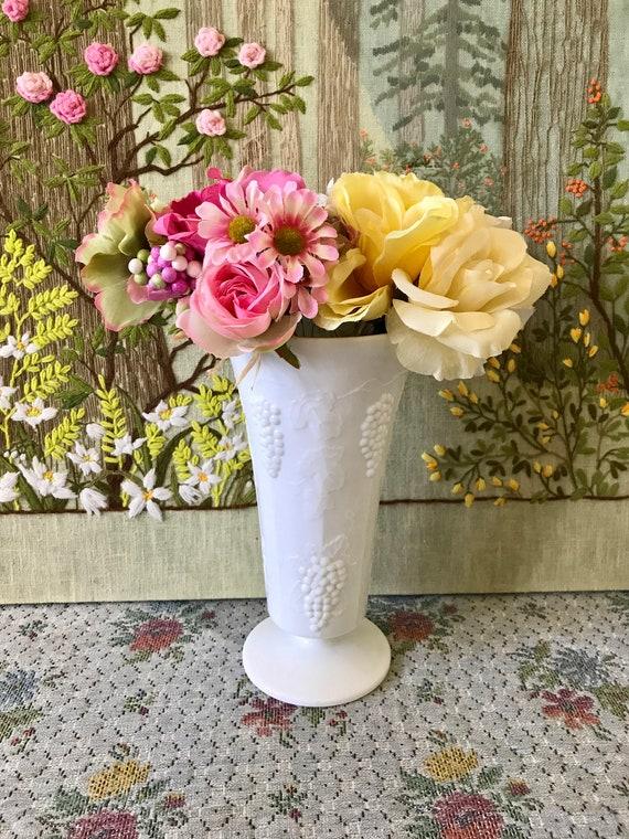 Milk Glass Vase Wedding Centerpiece Vase Table Centerpiece Etsy