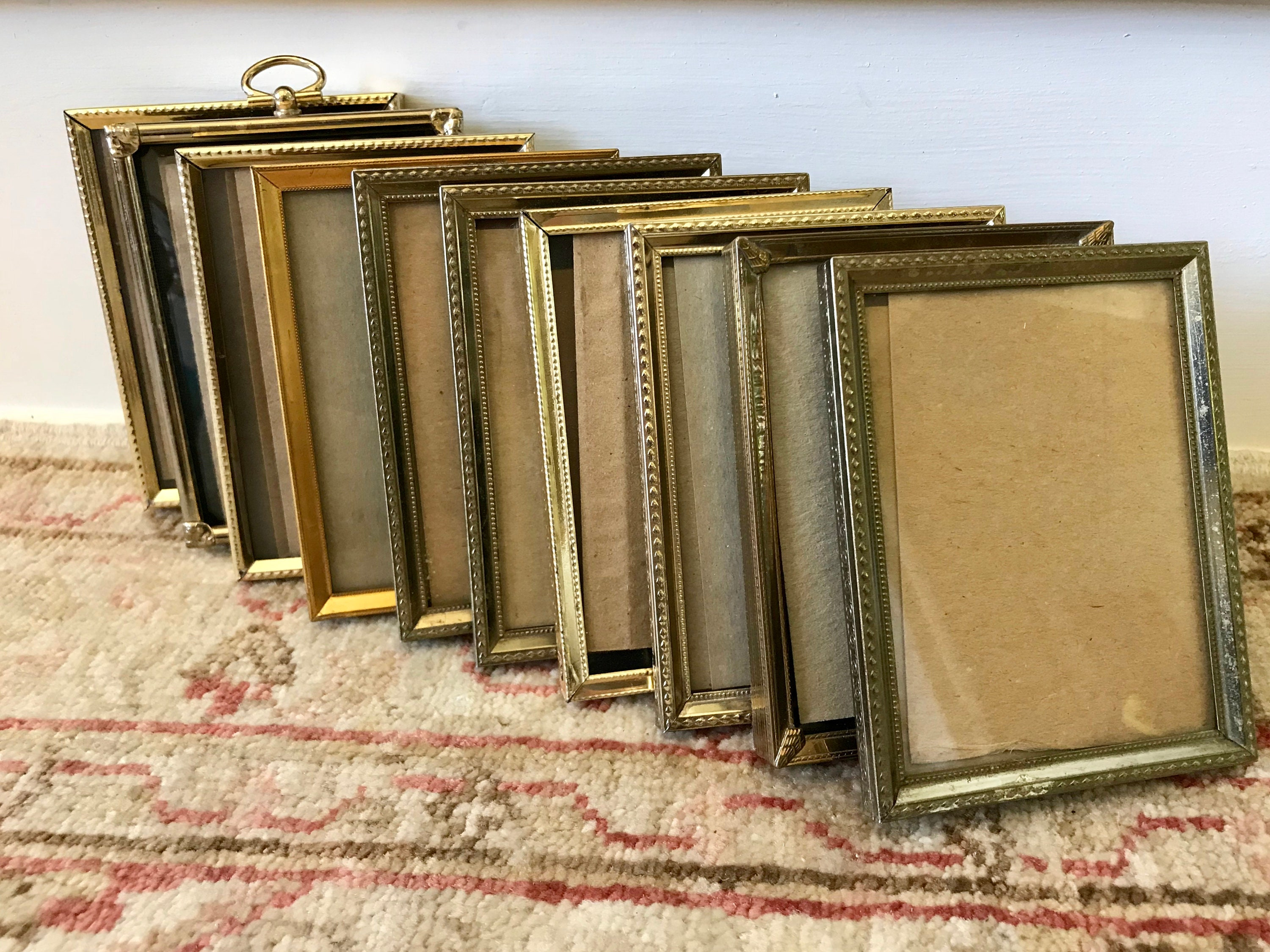 Beautiful Small Vintage Picture Frames In Bulk Collection - Picture ...