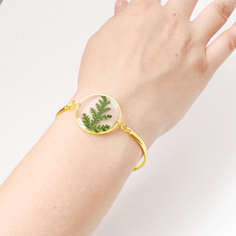 Green leaf bracelet Real pressed fern in resin jewelry adjustable bracelet gift for her Botanical Terrarium jewelry for women