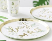 8 Botanical Hen Party Plates, Gold Almost Mrs Plates, Bachelorette Party, Greenery Bridal Shower Plates, Hen Party Decor, Party Tableware
