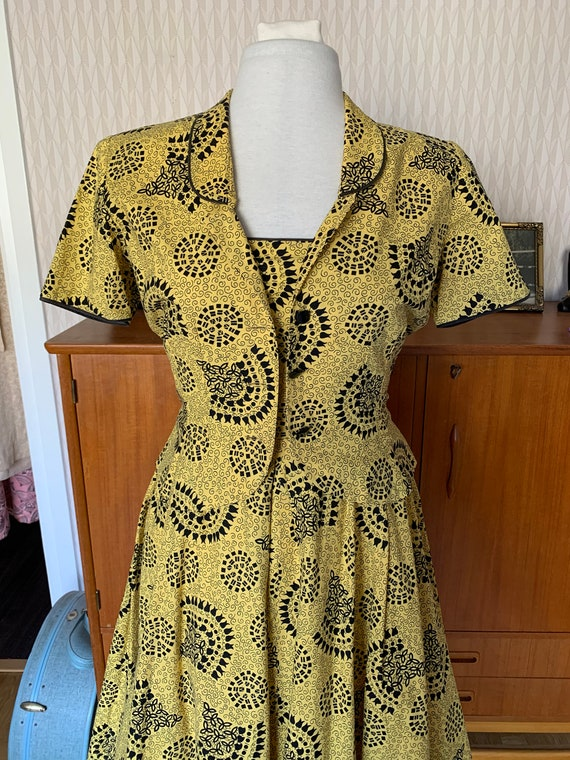 Vintage 1940s fit n flare day dress sun set with m
