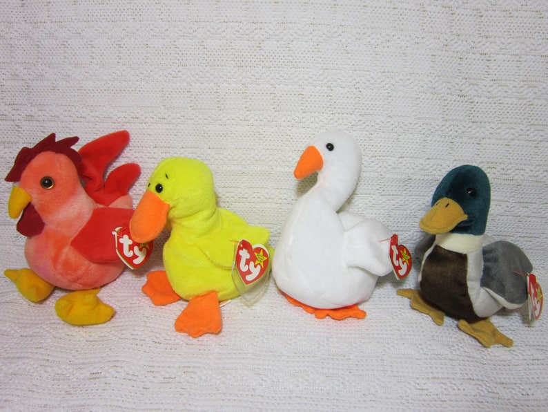 8916eb91abf Collectible Ty Beanie Babies Gracie the Swan Quakers the