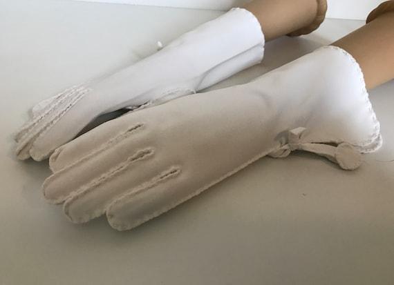 Wear the Gauntlet! Vintage White Cotton Gauntlet … - image 4