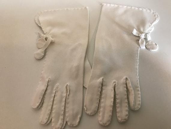 Wear the Gauntlet! Vintage White Cotton Gauntlet … - image 5