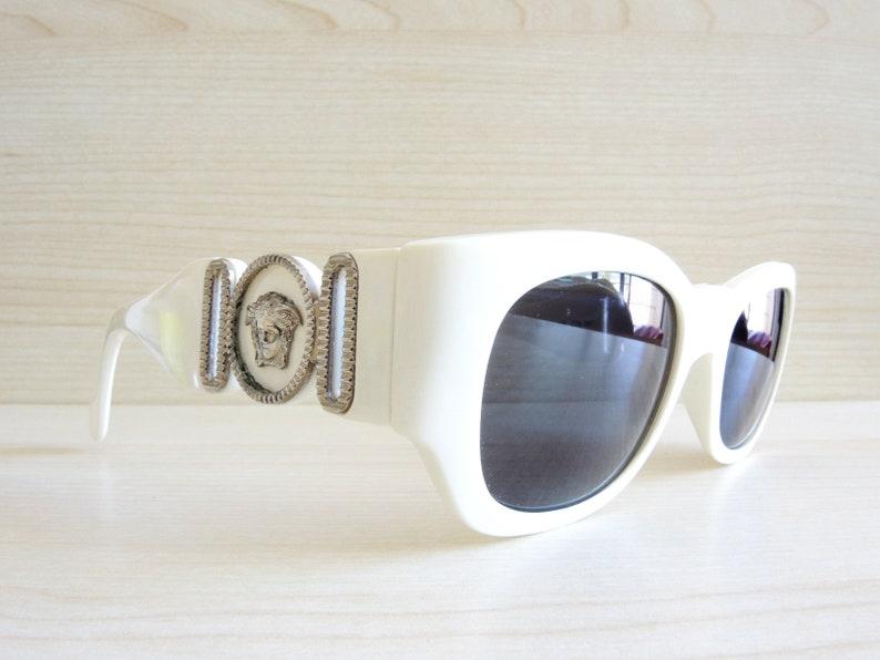 42bfce5755 Lunettes de soleil vintage VERSACE 413/B Col.85C lunettes de | Etsy