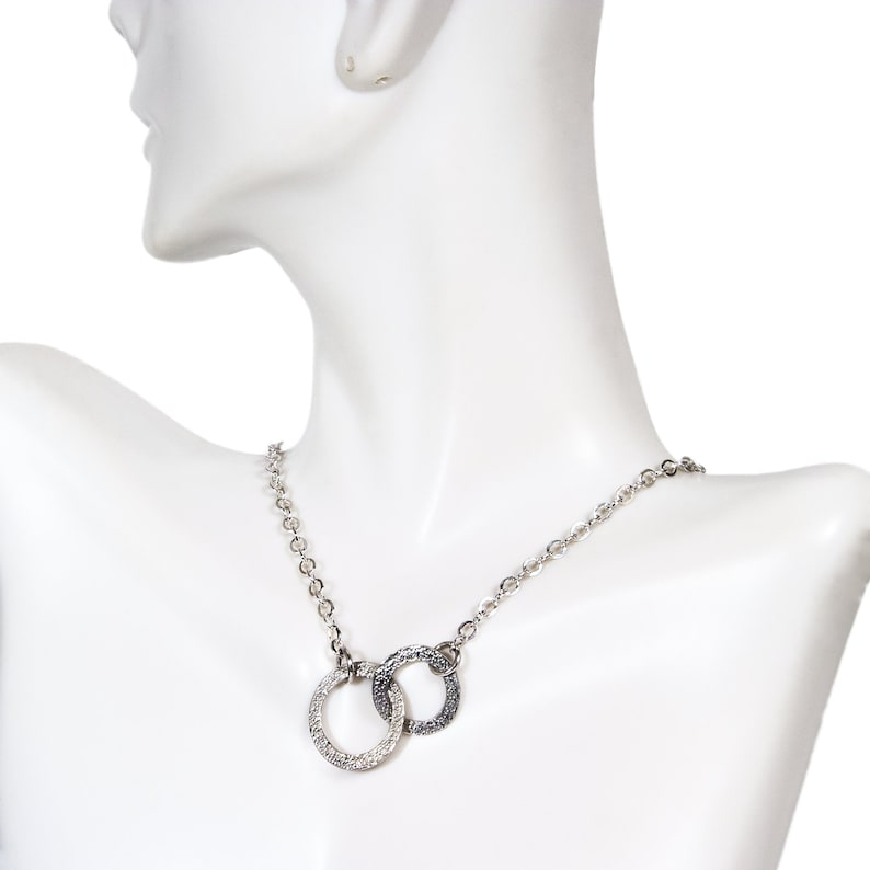 Sterling Silver Ring Necklace Interlocking Circles Necklace Linked Circle Necklace Mother Daughter Necklace Meaningful Gifts