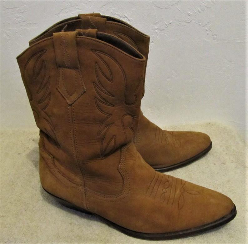 9f5e756ae8f Women's,Vintage 80's,Short Brown Suede COWGIRL BOOTS By NICOLE.10B