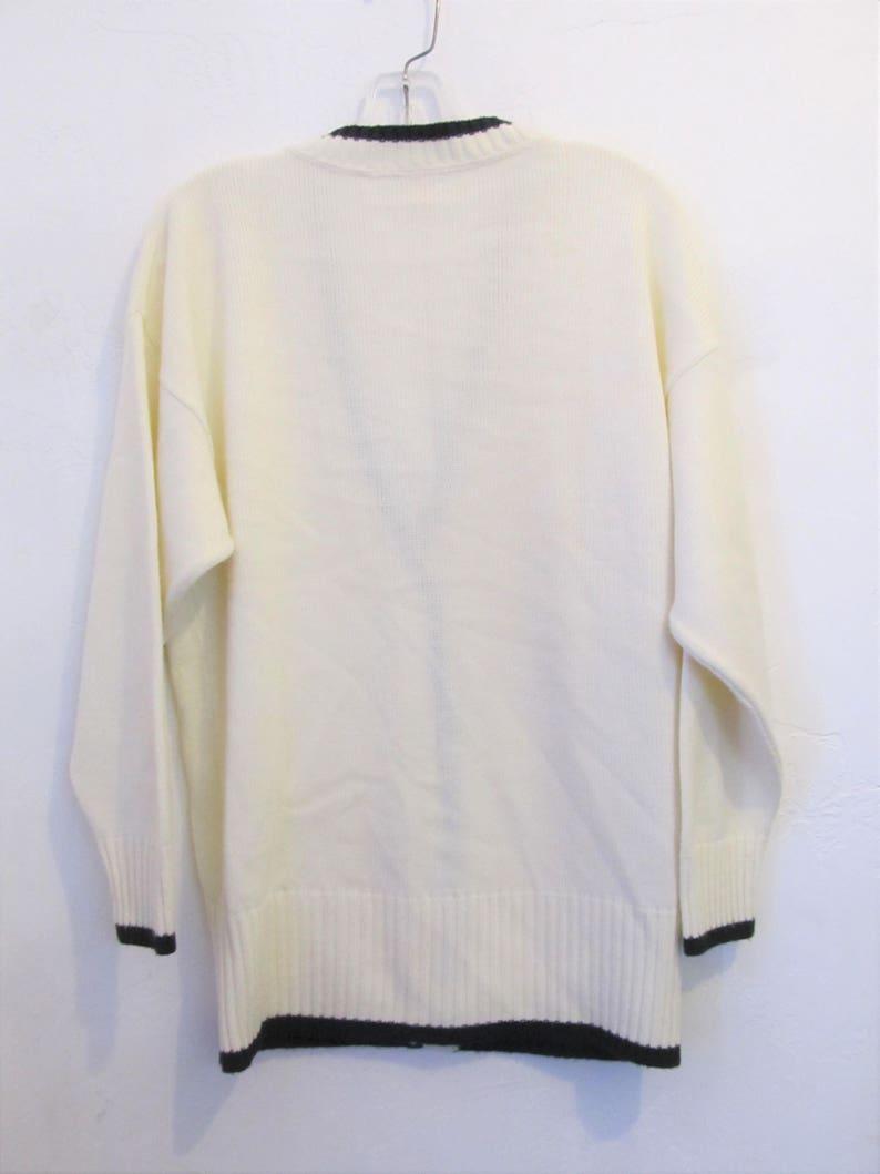 A Women/'s Vintage 80/'s,2-Tone,indie mod era Oversized,Knit CARDIGAN Sweater By Tan Jay.S