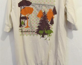 A Women's Vintage 90's,Cute Creme Colored BOAT Neck PASADENA Top By Blue Platypus.M