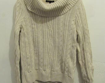 A Women's Vintage 80's,Big T NECK Type Cotton Cable Knit Sweater By JEANNE PIERRE.S